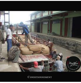 Moka Harrar Bashaweh - Ethiopie Van Hoos & Sons® 6 8.5 La région Harrar Centrale Est de l'Éthiopie, produit un café qui avec la